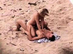 Perfectly hot blonde lassie gets crammed hard in this beach voyeur video and her round big booty looks just perfect in the process. Any guy would simp