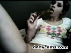 Hot amateur teenie fucks her pussy with sex toy on dadycams.com